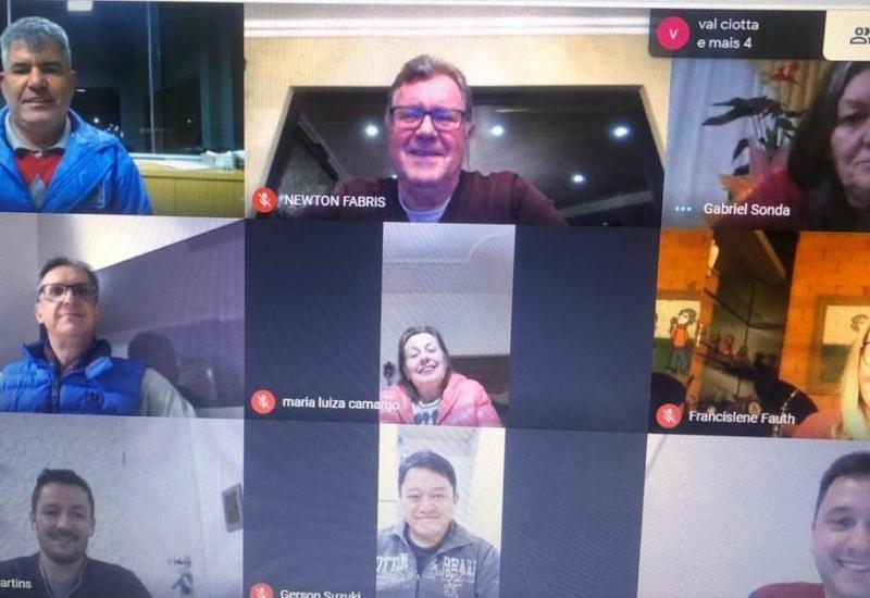 Pra Vida - Diretores participam de reunião e discutem ações para o segundo semestre