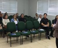Acic Curitibanos - Empresários do ramo de Gastronomia conhecem projeto para capacitação de seus colaboradores.