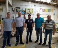 Acic Curitibanos - Moveleiros realizam visita técnica