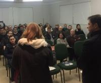 Acic Curitibanos - Dezenas de Empresários participam da apresentação do Rodada de Solução em Inovação.